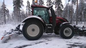 Valtra T174e lumen/polanteen poistoon